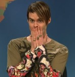 Stefon Describes New York's Hottest Poetry & Eva Tries to Analyze a Poem